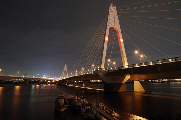夜の大師橋