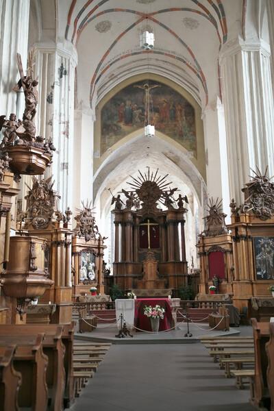 木製造りの教会