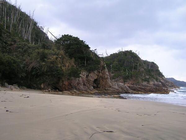 熊井浜西側。