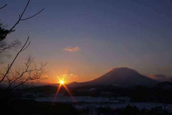 【秋の夜に聴くこの一曲】遠き山に日は落ちて
