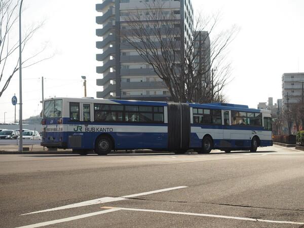 長ーいバス