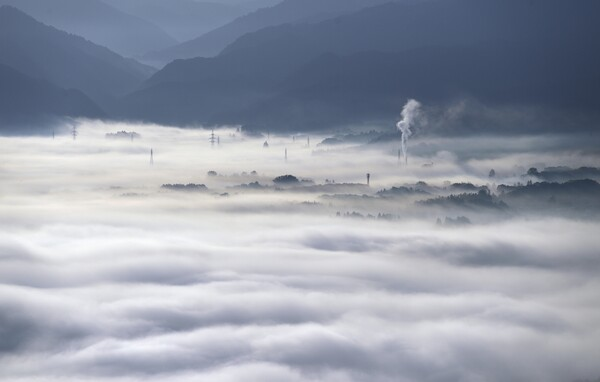 置賜盆地の雲海