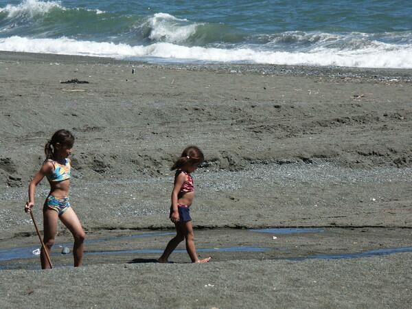 【夏】初夏の海辺