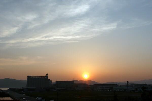 【燃】雲がきれいで