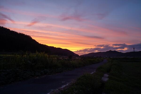 日没後は美しい夕焼けに。
