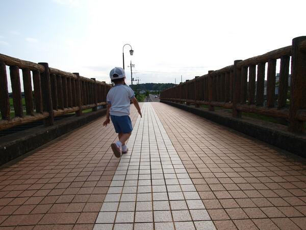 【道】孫と散歩