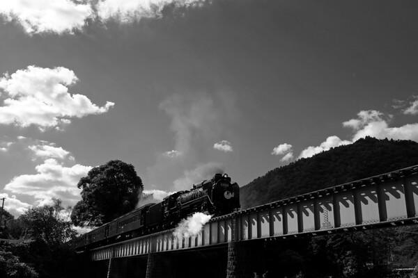 【白黒写真】蒸気機関車