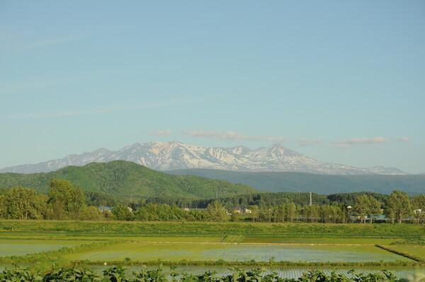 かすかに見える大雪山