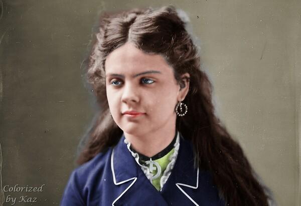 Colorized Old Portrait Photo 1.2