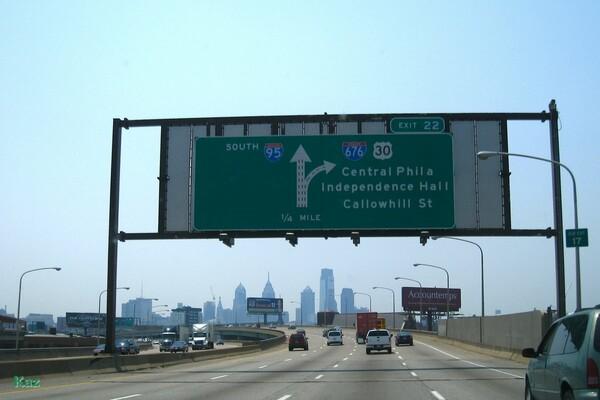 右へ行こうか、左へ行こか...