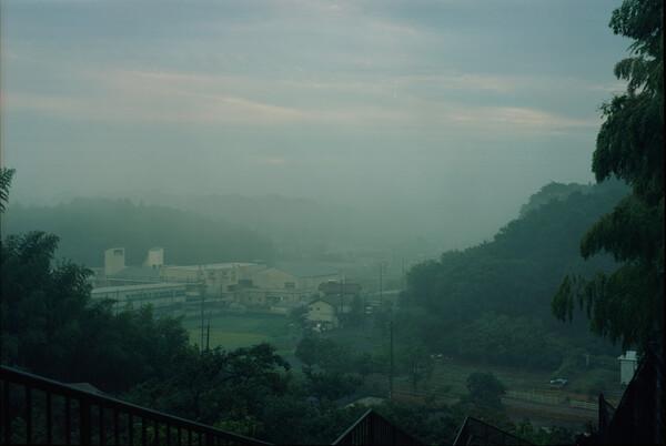 朝靄につつまれて