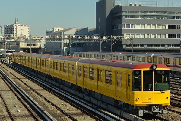東京メトロ銀座線レトロ仕様車両