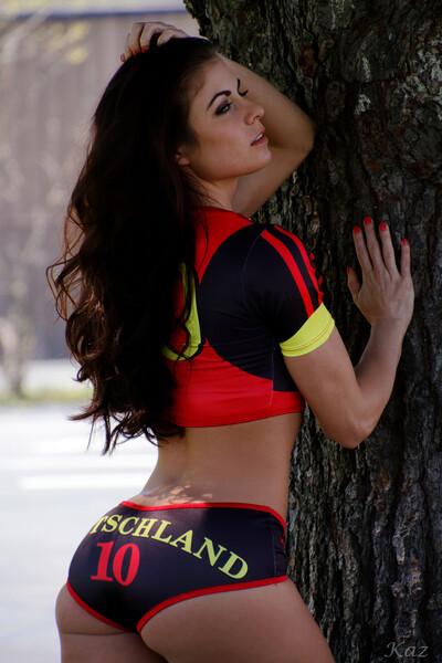 Stephanie 13
