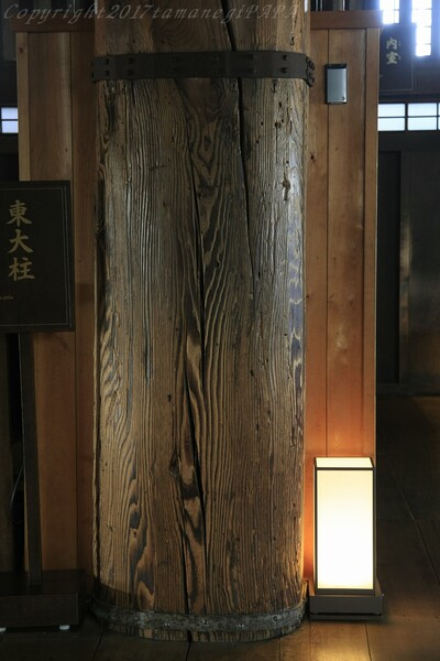 姫路城 通し柱