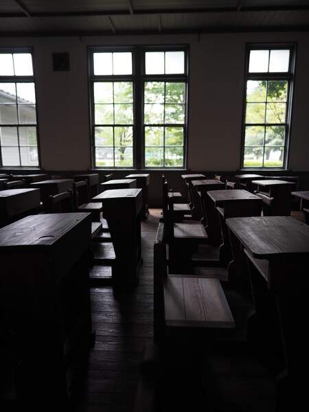 旧制松本高等学校「窓」