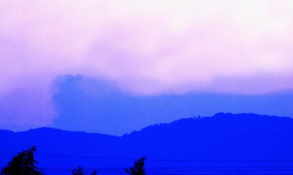 御嶽山の噴煙@豊田市