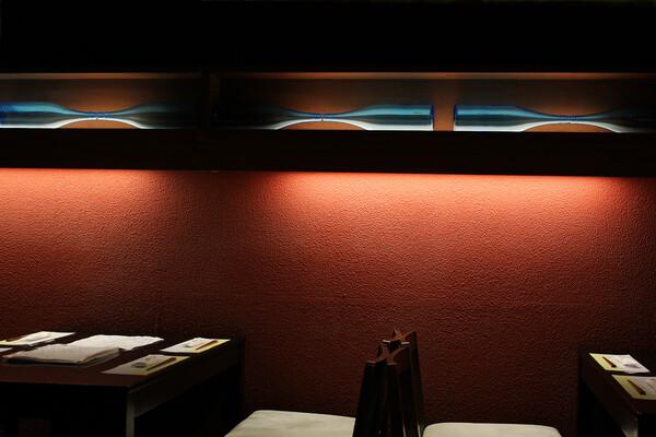 【光】壁のオブジェ