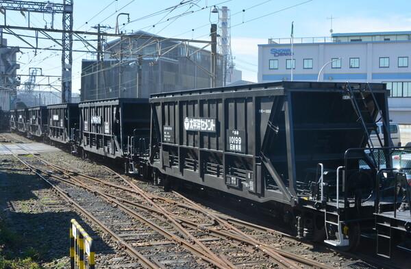 唯一の石炭列車