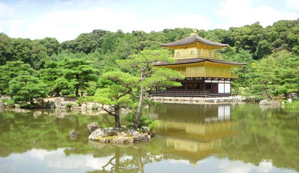 15日の金閣寺