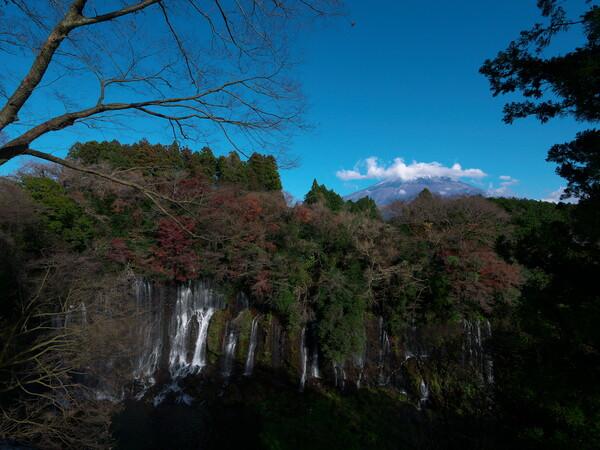 白糸の滝にて