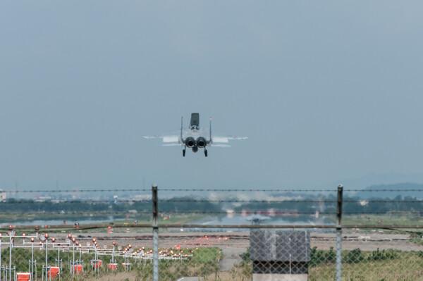【広がり】F15Landing