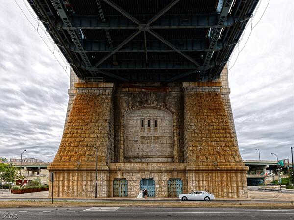 Wedding Photoshoot under Benjamin Franklin Bridge