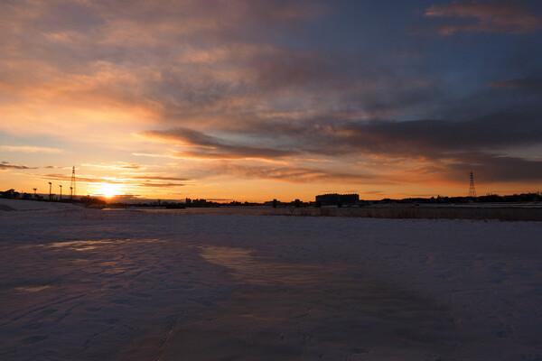 雪景色の日の出