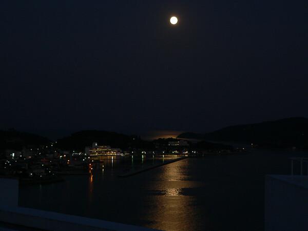 満月と牛窓の海!