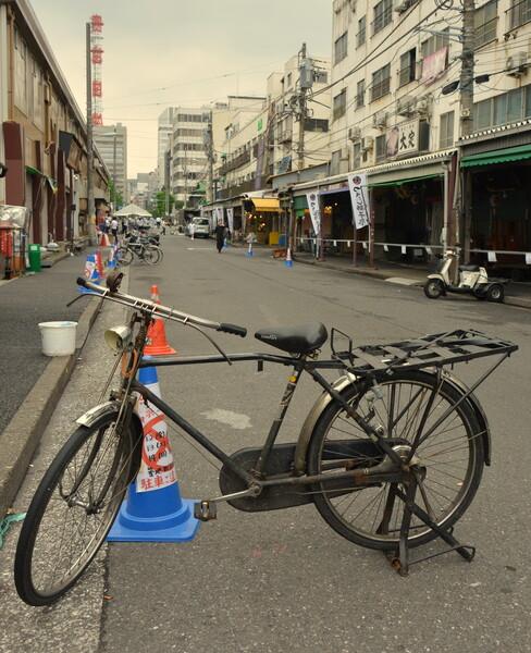 築地場外市場の自転車