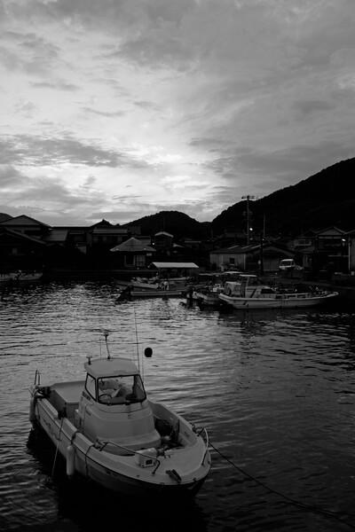 【白黒写真】 漁港
