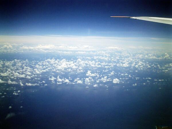 【長】長旅にては雲も友達になる