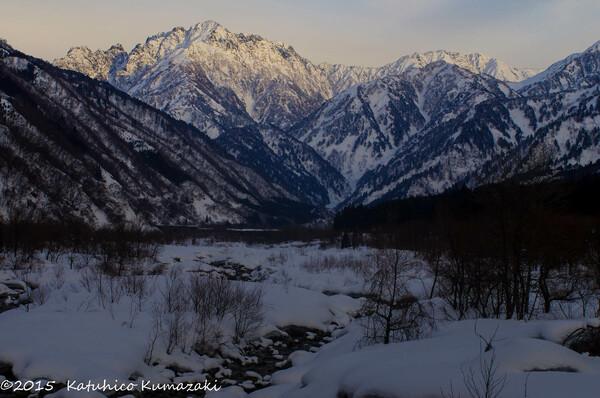 夕照の冬劔