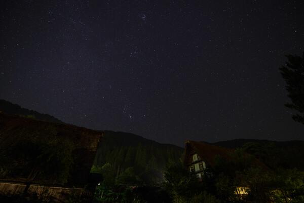 合掌造りの夜空