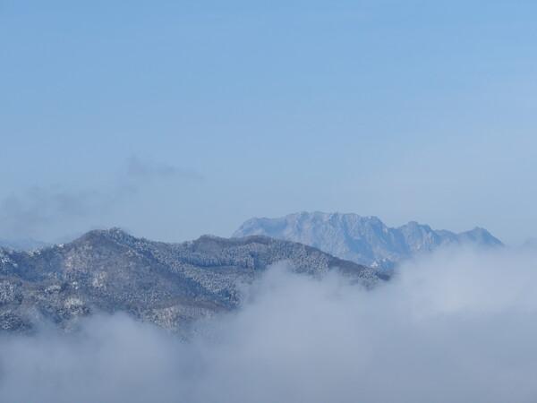 両神山、遠望