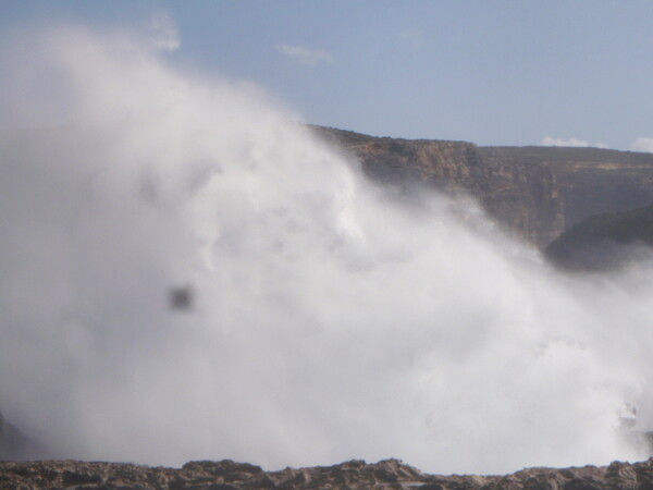 【動感】波と飛沫で