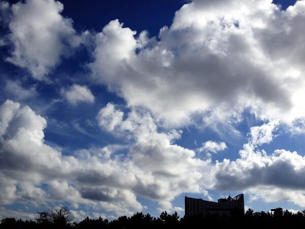 元気な雲たち