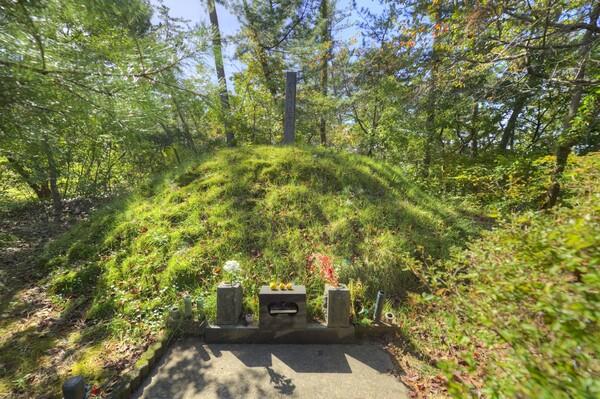 大日本帝国陸軍中将石原莞爾旧墓所
