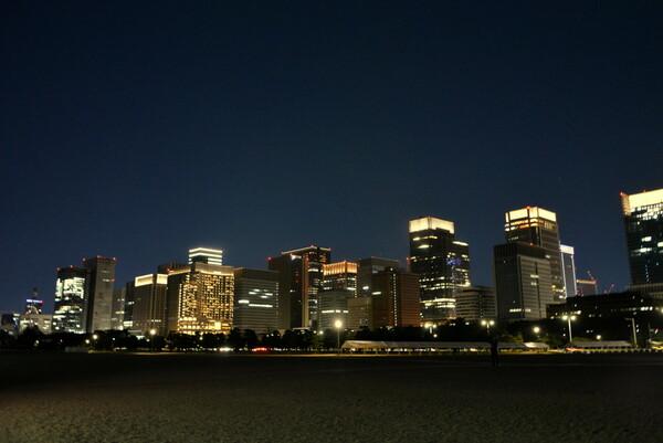 皇居前広場からの夜景