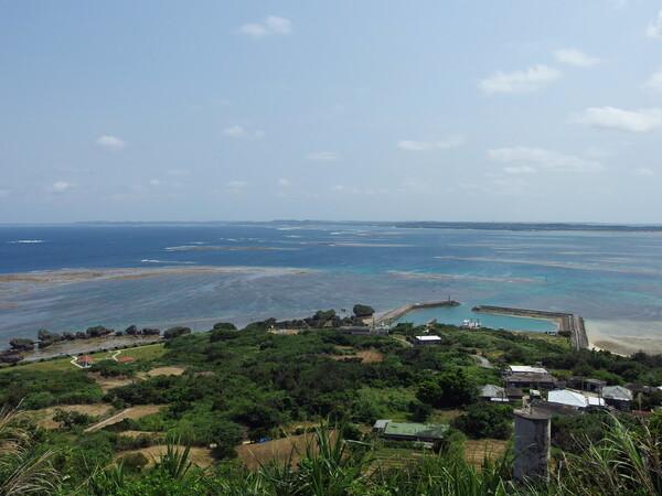 大神島から望む宮古島