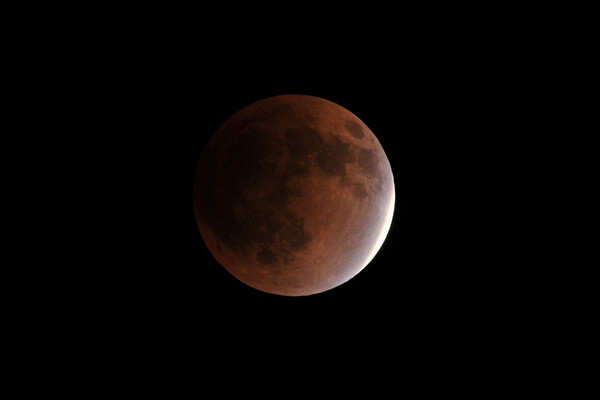 【逆光】皆既月食