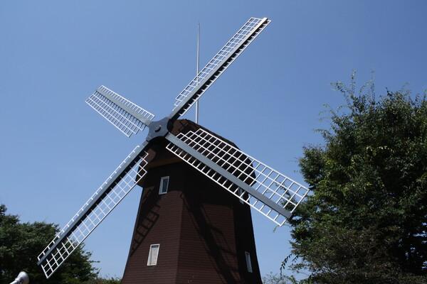 動かぬ風車
