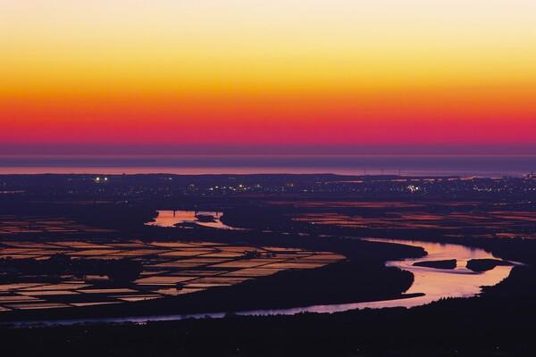 最上川と日本海