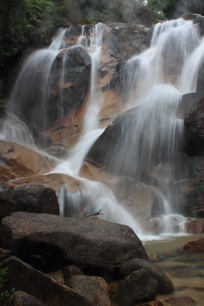妹瀬(いもせ)の滝(広島県廿日市市大野町)
