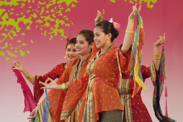タイフェスティバル(タイ舞踊)