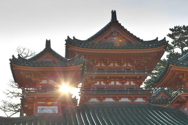 神宮の光芒