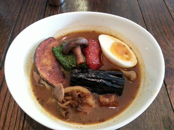 【五月】Kip groentesoep curry