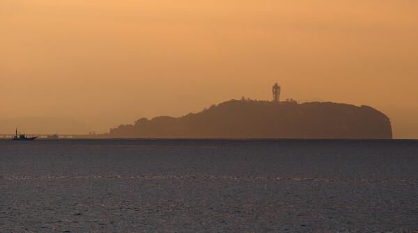 江ノ島の朝焼け