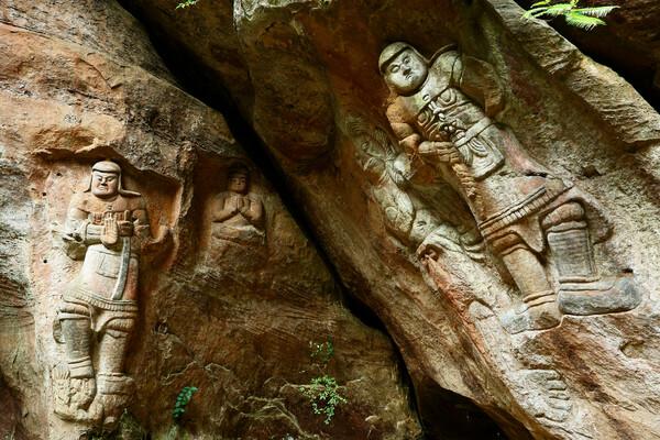 鵜殿の石仏