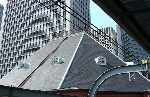 東京駅 ドーマー窓