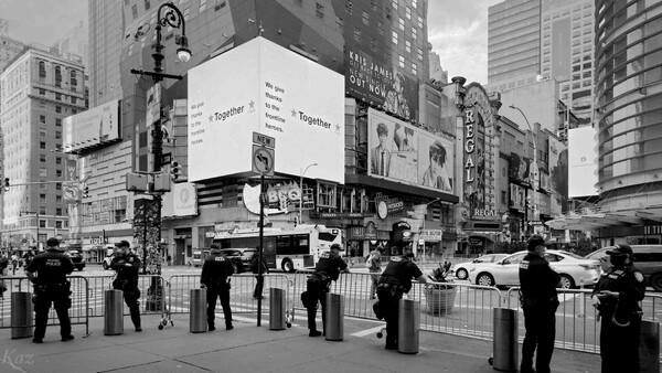 Manhattan Under Lockdown 12